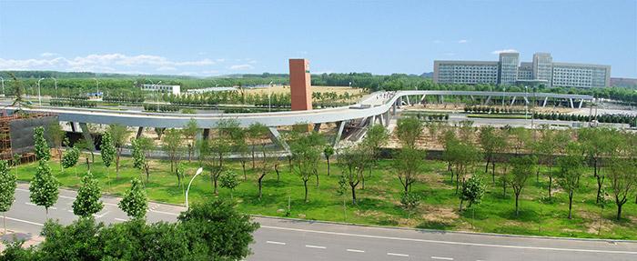 淄博职业学院过街天桥必威betway设计